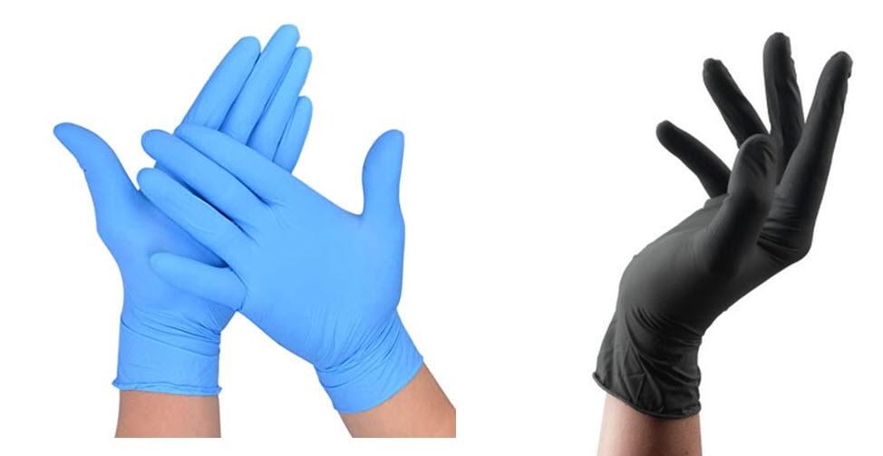 guantes de latex azules y negros